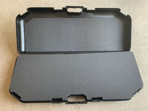 DF65 - Plastic carry case with foam